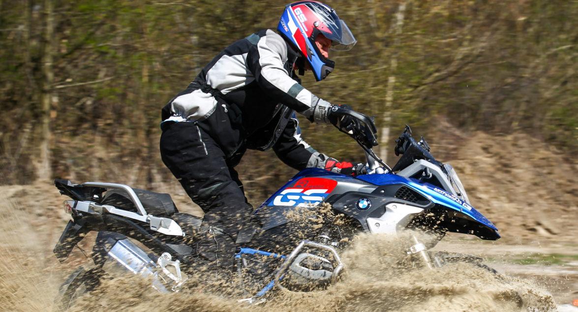 Jak przygotować motocykl do jazdy w terenie?