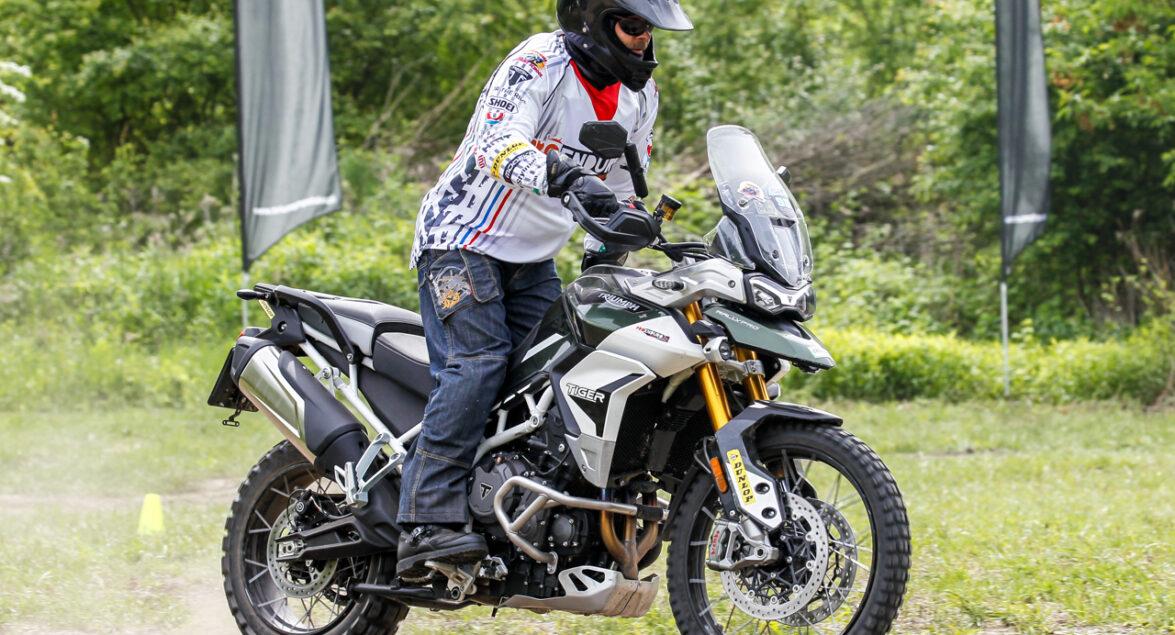 Jak zacząć jazdę motocyklem w terenie?
